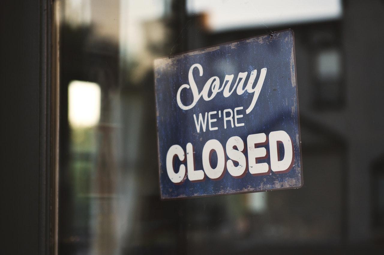 chiusura estiva dello studio dentistico