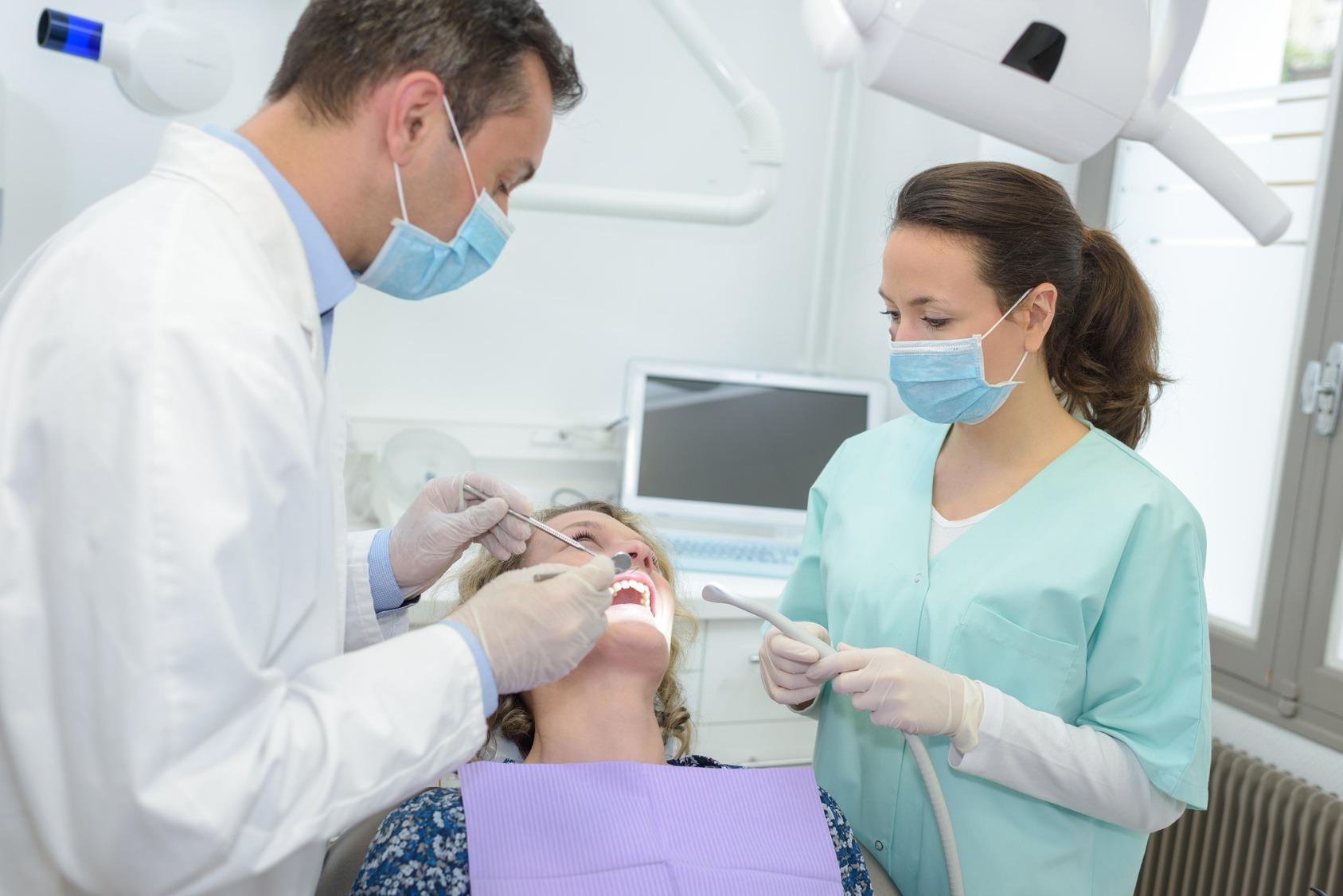 atteggiamento del dentista